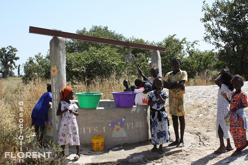 Les enfants au puits